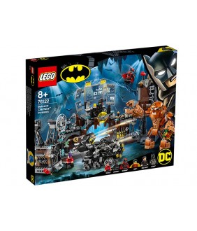 Lego Supe Heroes DC, Invazia lui Clayface in Batcave, 76122