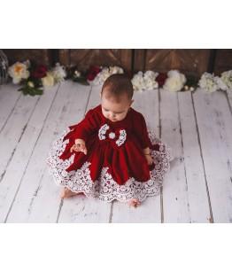 Rochita bebe Caroline, catifea rosie cu broderie alba, 0-4 ani, 28543